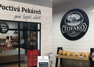 Predajňa Tofako pekáreň - osadenie loga a 3D písmená